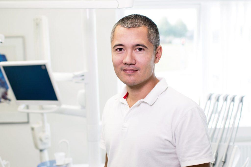Local Dentists Chatting online, online dental problem chat